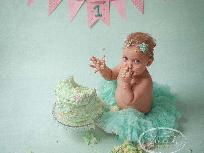 taart smash, eerste verjaardag, 1 jaar, verjaardagsfeestje, Sarah Van Ruyssevelt Photography