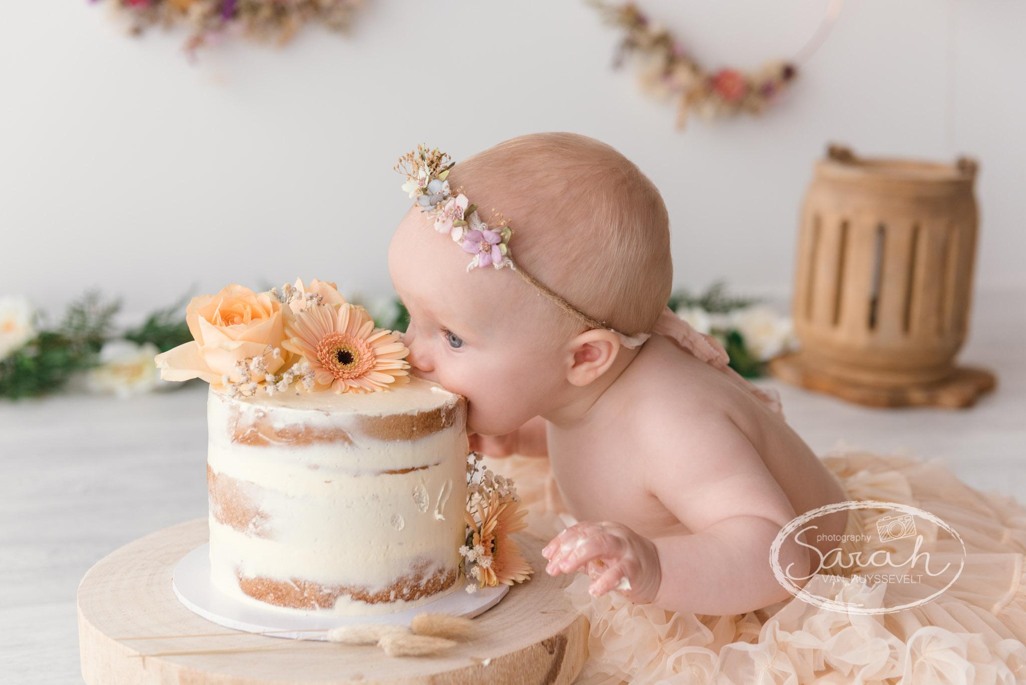 smashcake, eerste verjaardag, verjaardagstaart, cake smash, smash de taart, badsplash