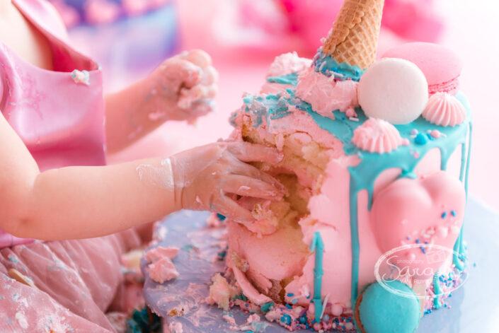 eerste verjaardagstaart, smashcake, cake smash fotosessie, fotoshoot